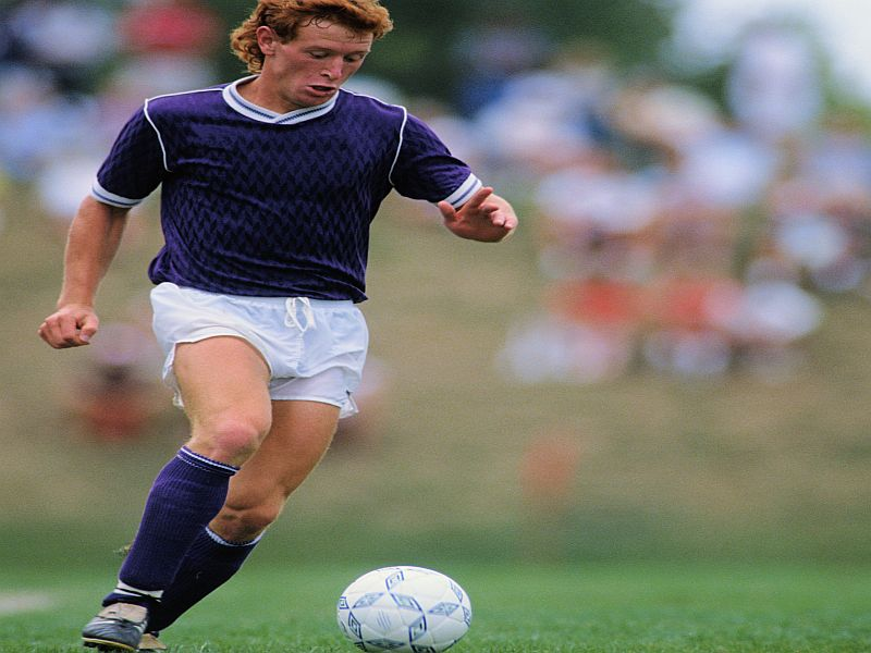 Small Study Uncovers Brain Disease in Former Soccer Players