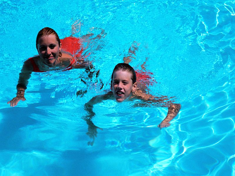 Outdoor Swimming Pools Not a COVID-19 Risk: Expert