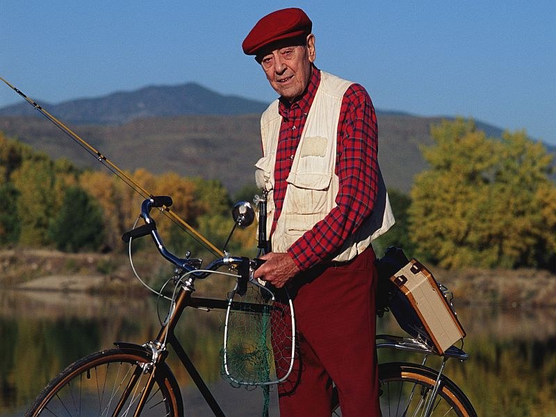 For Older Men, Even Light Exercise Helps