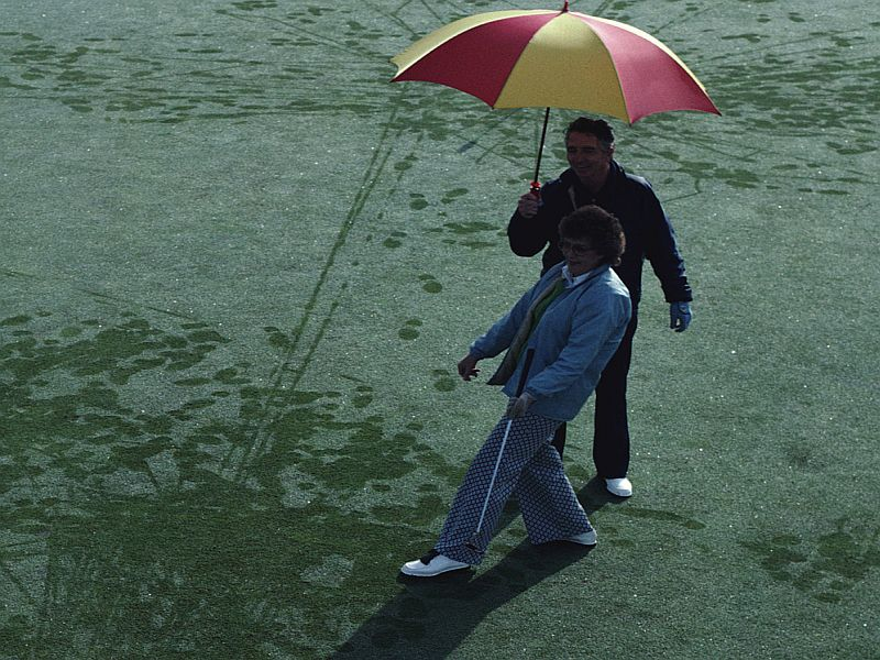 News Picture: Rain May Not Cause Achy Joints After All
