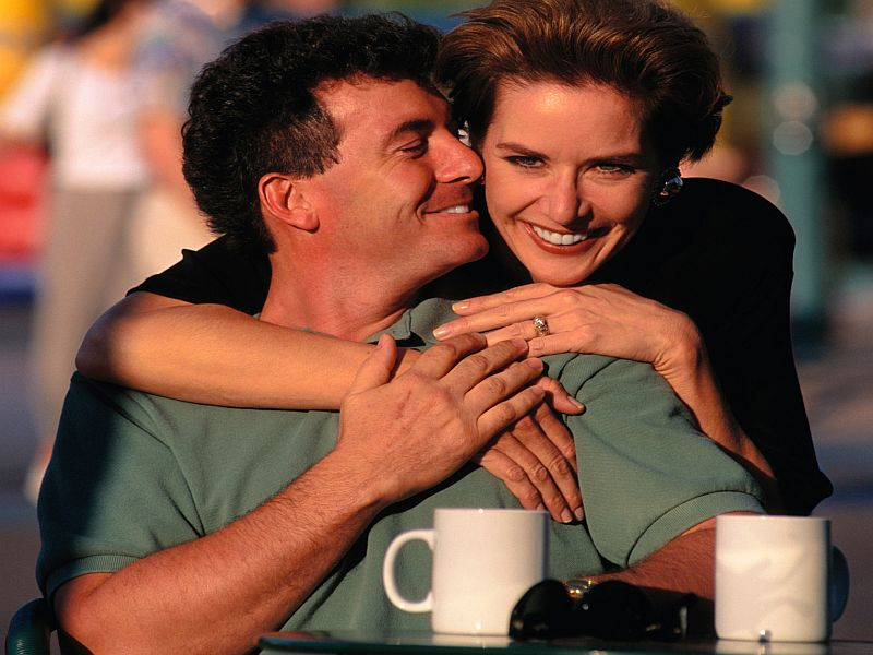 How do men really feel about dating older women