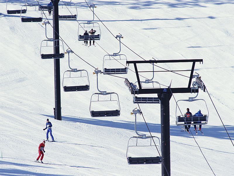 Hitting the Slopes? Here's How to Have Fun and Stay Safe