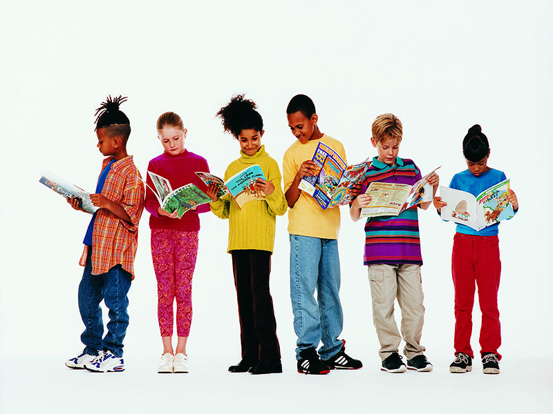 News Picture: Boys Lag Behind Girls in Reading by 4th Grade