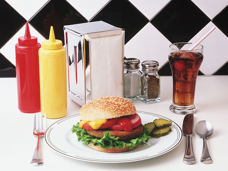 News Picture: Here's Why a Soda With That Burger Is Especially Fattening