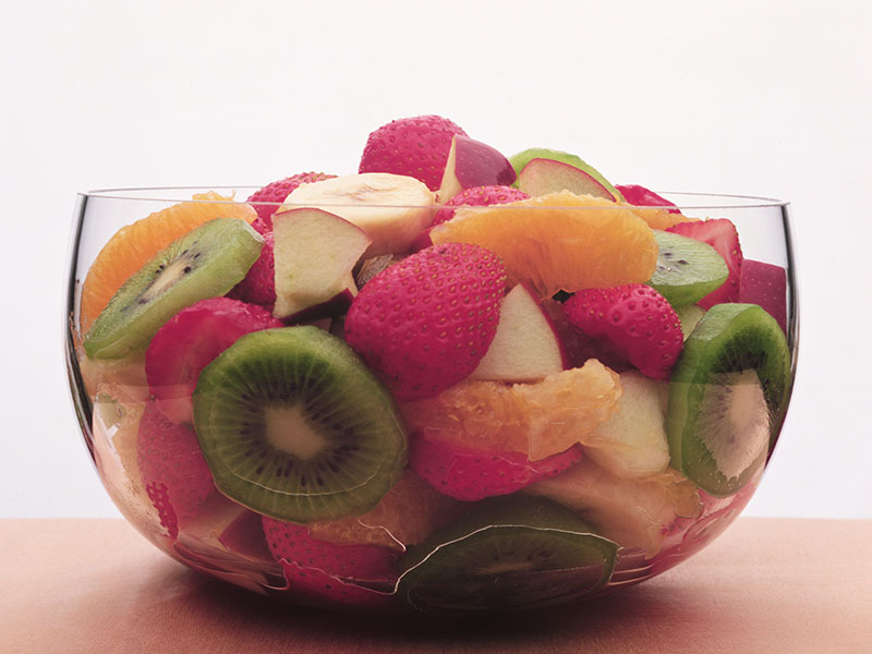 Eating Certain Fruits, Veggies May Help a Bit With Weight Control