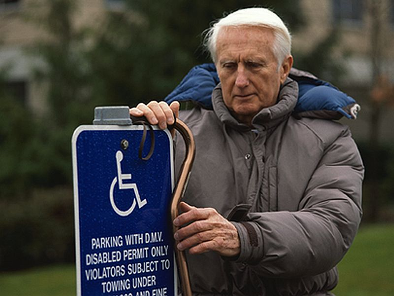 News Picture: Seniors Need to Take Extra Care in the Cold