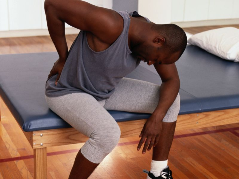 Prescription Naproxen as Good as Narcotic Painkillers for Low Back Pain: Study