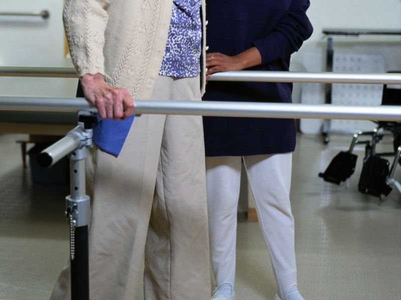 <900 Steps Tied to Functional Decline in Hospitalized Seniors