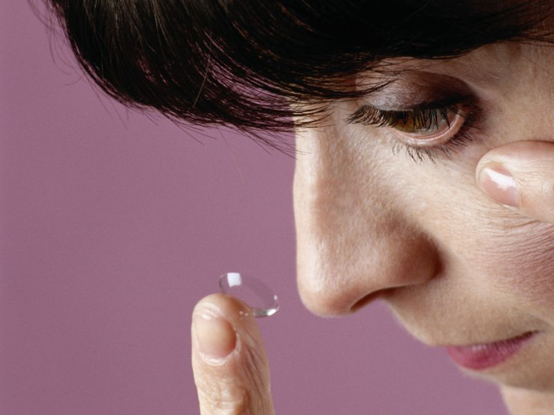 News Picture: Travel Tips for Contact Lens Wearers