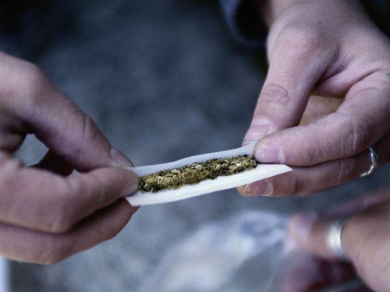 Medical Marijuana Ads May Spur Teen Pot Use