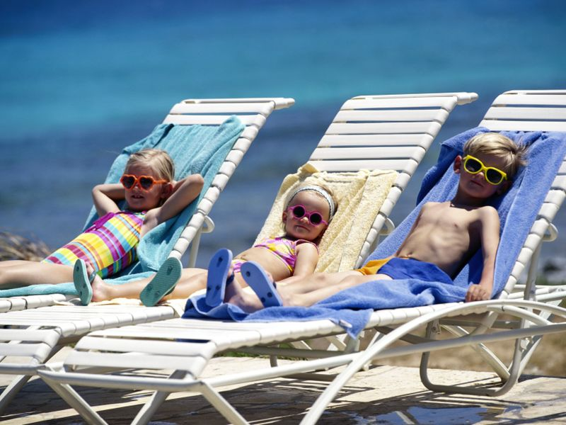 News Picture: Start Skin Cancer Prevention Early, Health Experts Say
