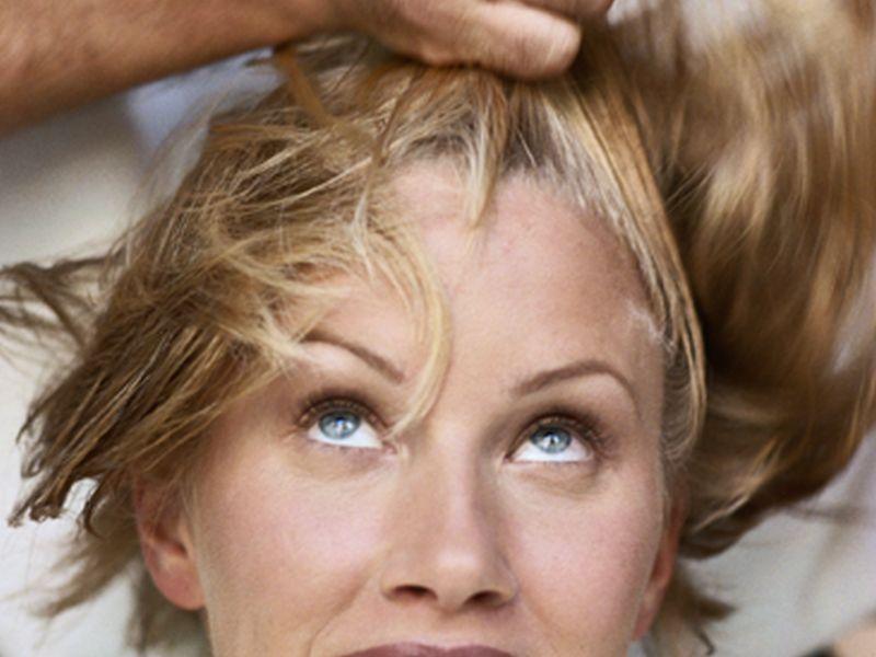 New Moms' Hair Loss Usually Temporary, Expert Says