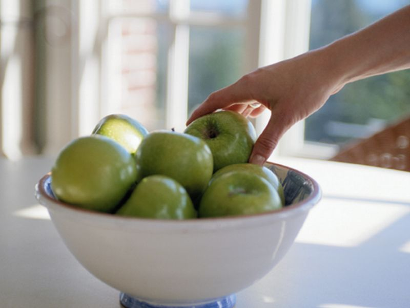 News Picture: Secret to Staying Slim May Be as Close as Your Fruit Bowl