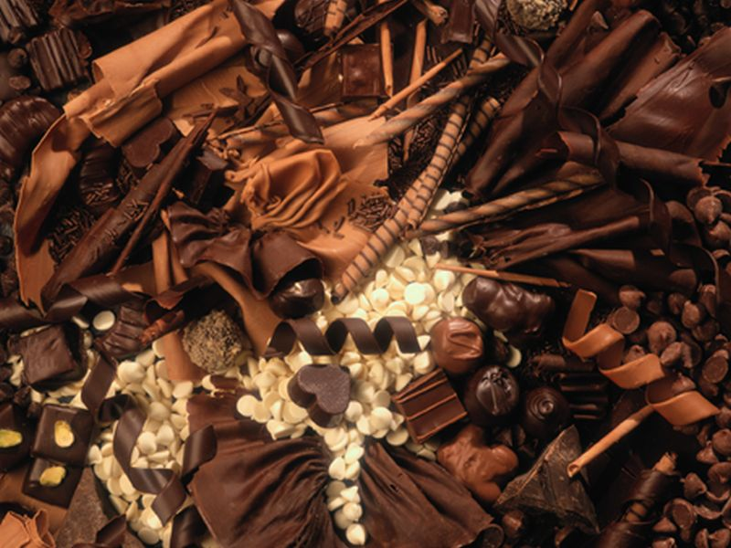 Eating dark chocolate boosts mood, immunity and memory