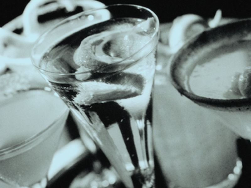 Binge Drinking Down Among Young College Students