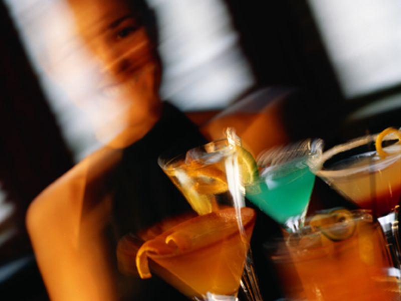 酒精可能会破坏你的饮食