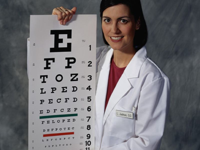 News Picture: Docs May Miss Major Cause of Vision Loss in Seniors