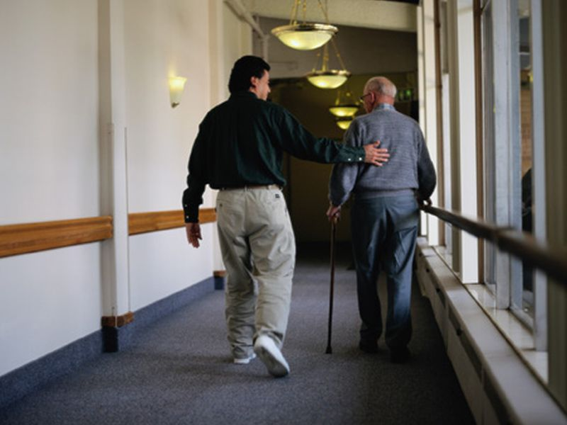 Simple Steps Can Ease Care of Loved One With Alzheimer's