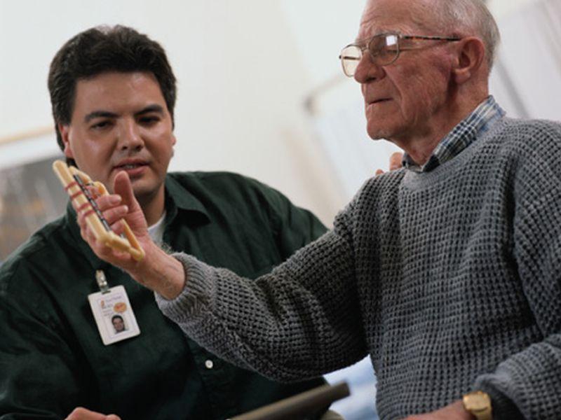La actividad física no parece reducir el riesgo de estado debilitado en los ancianos