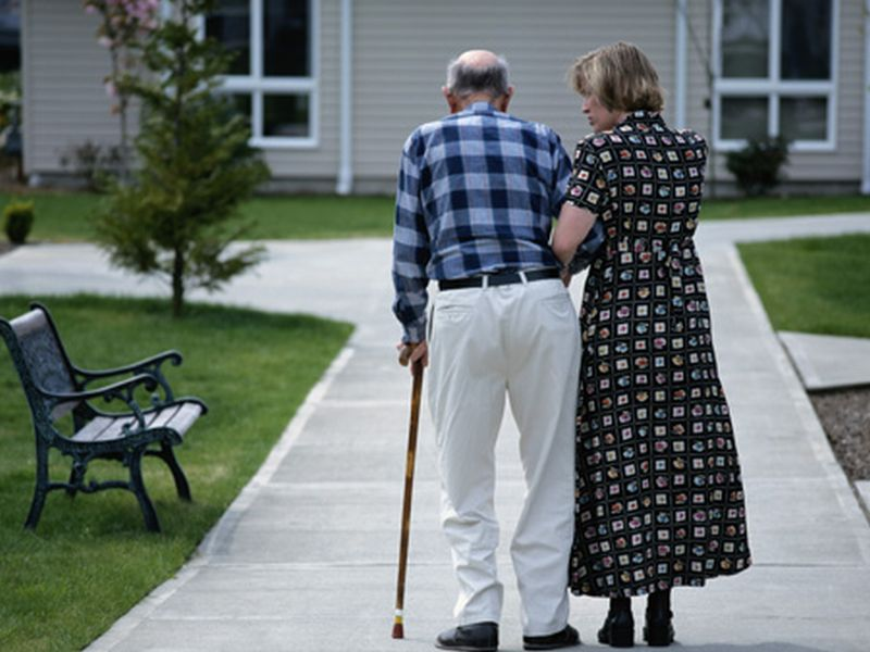 Dementia Drug May Lower Risk of Falls Among Parkinson's Patients