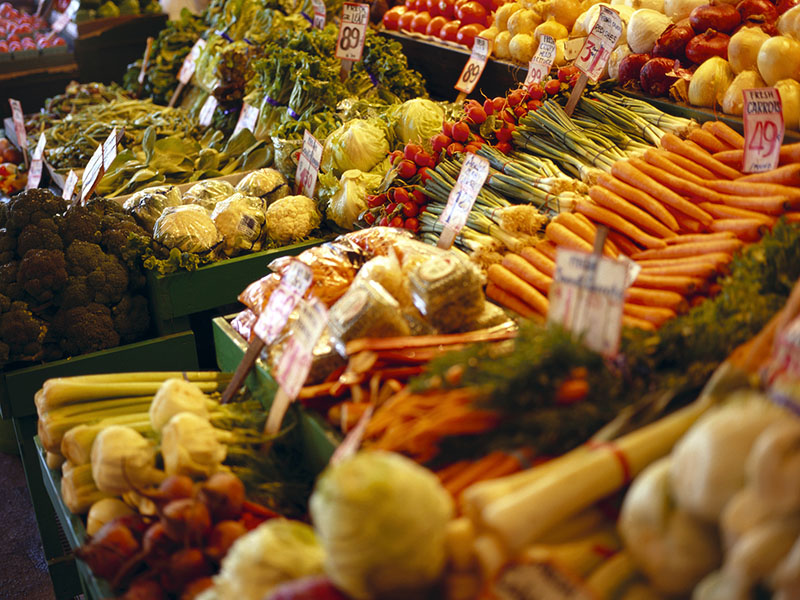 Los estadounidenses están divididos con respecto a los alimentos orgánicos y a los genéticamente modificados, según una encuesta