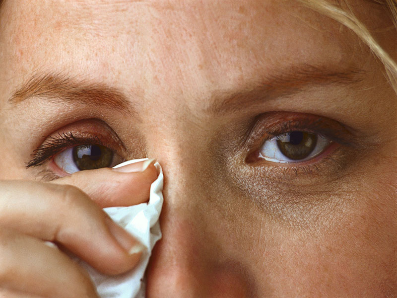 News Picture: 'Pink Eye' Often a Symptom of COVID-19, and Infection Via Tears Possible