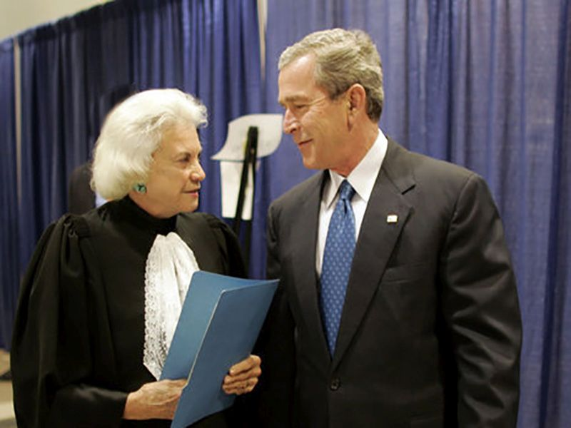 News Picture: Former Supreme Court Justice Sandra Day O'Connor Has Dementia