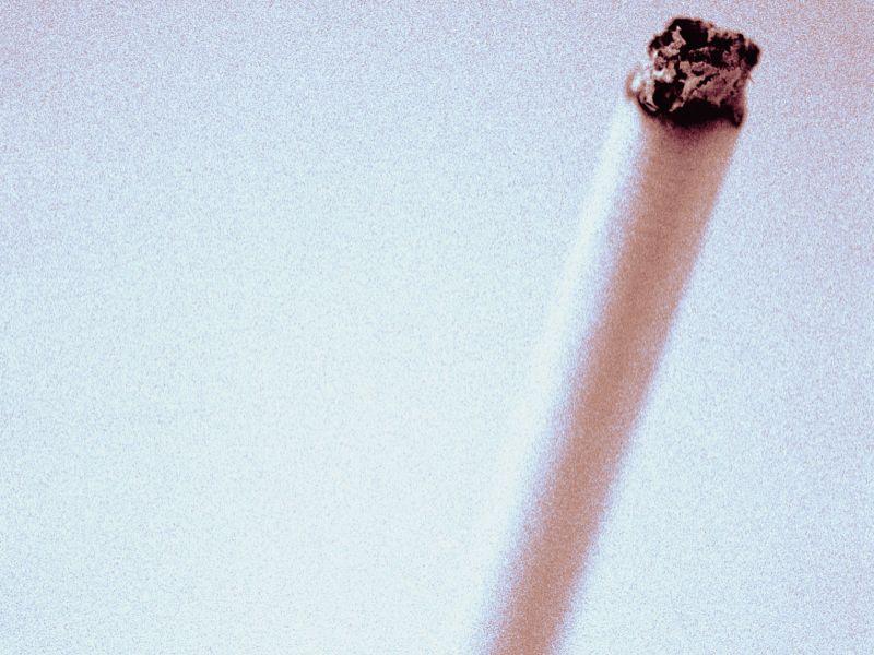 50歳以下の心筋梗塞患者の半数は喫煙者