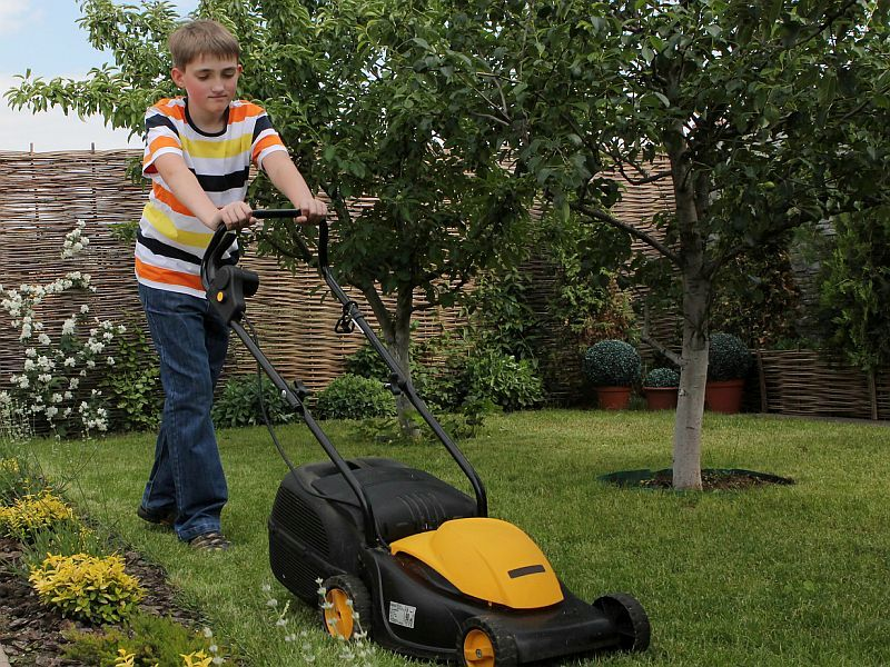 Lawn Mowers Can Cause Severe Injuries to Kids