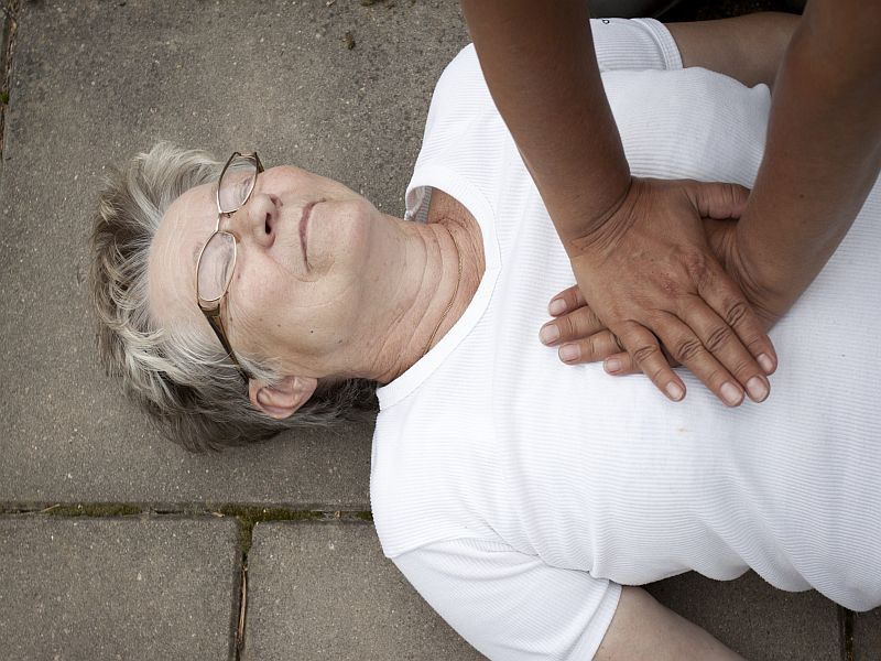 Chances of Successful CPR Dwindle as Seniors Age