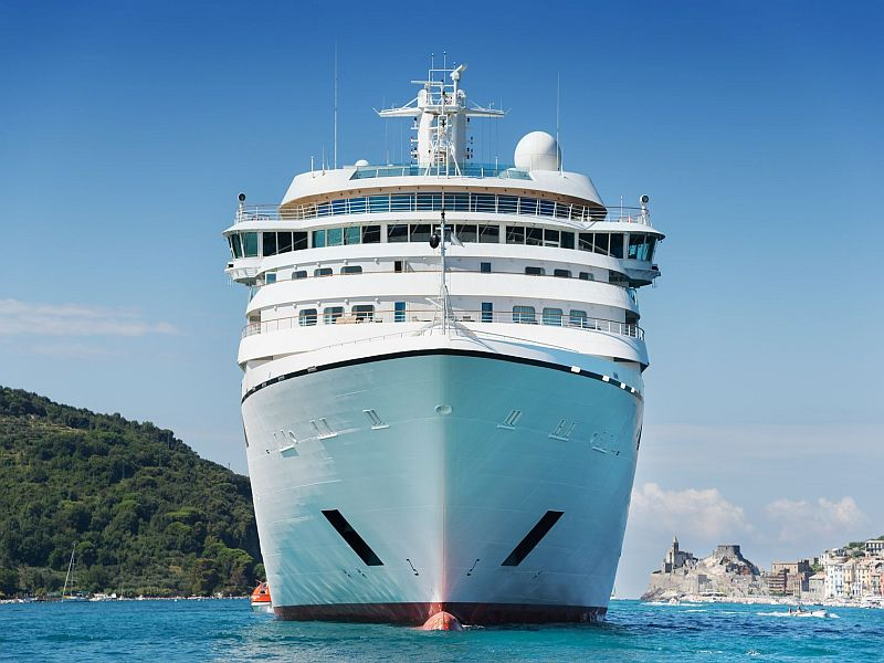 Fewer Cruises Rocked by Gastro Illness Outbreaks: CDC