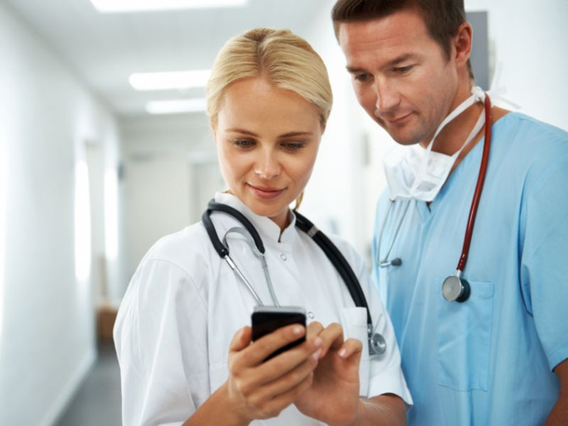 Text Messages May Prompt People to Take Their Meds