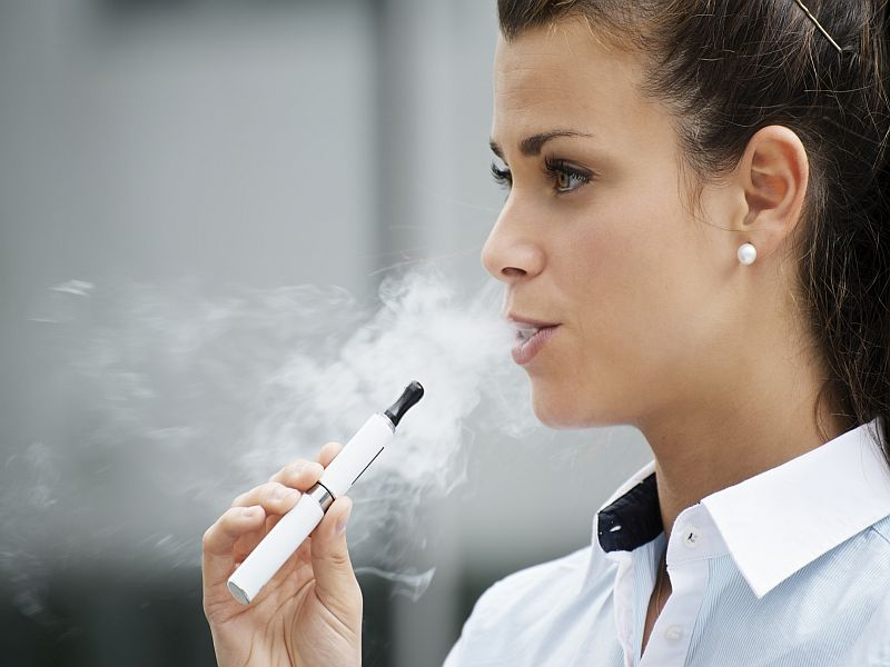 Many E-Cigs Loaded With Germs, Study Finds