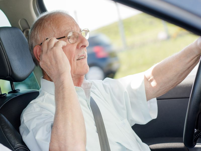 Most Seniors Use Cellphones While Behind the Wheel