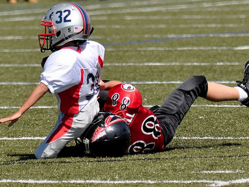 Brain Changes Seen in Kids After One Season of Football