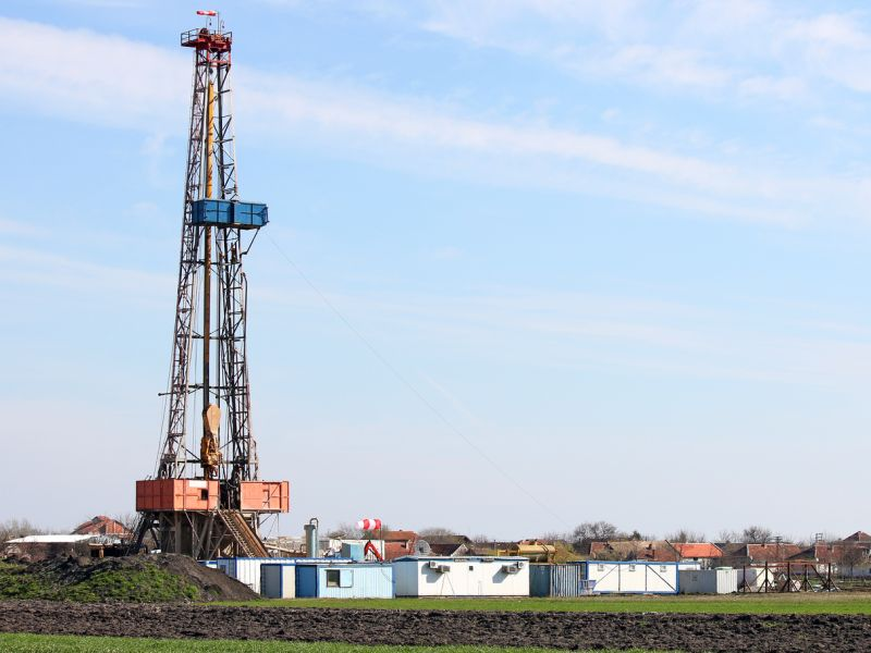 Nearby Fracking Linked to Low Birth Weights