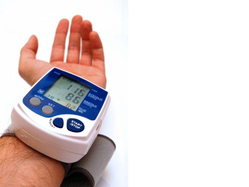 Algunas personas quizá necesiten un poco de ayuda para monitorizar la presión arterial en casa