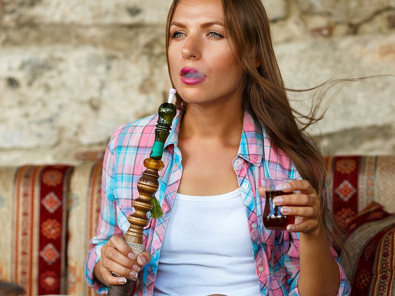Hookah Smoking Carries a Poisoning Risk