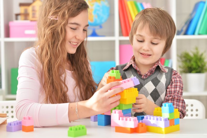 Pediatricians: Old-fashioned play better for kids than
