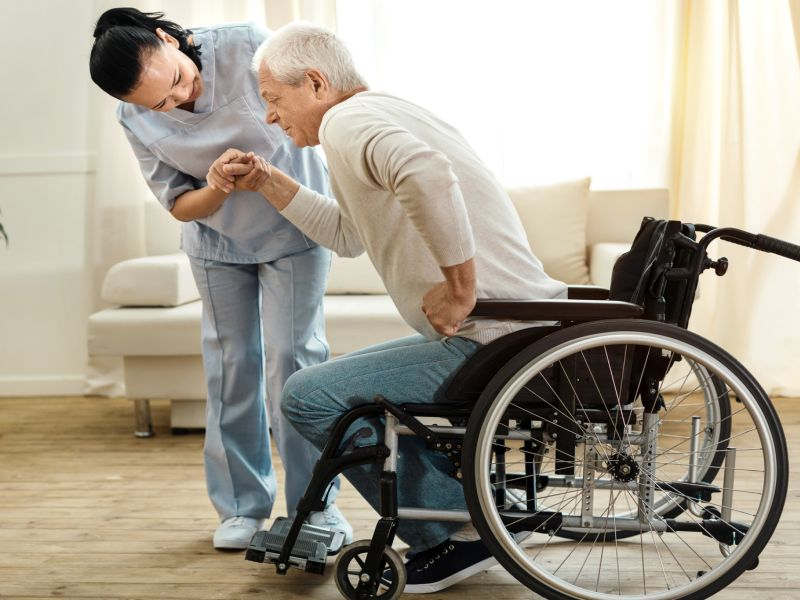 After Heart Attack, Home Care Can Prevent a Return to Hospital