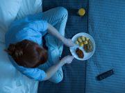 News Picture: Evening Meals Could Harm the Female Heart, Study Shows