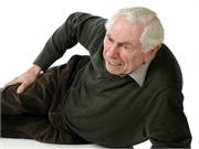 La maladie de Parkinson augmente les risques de chutes dangereuses, mais la prévention est la clé du problème