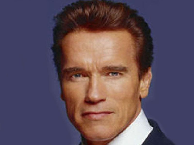 News Picture: Arnold Schwarzenegger Undergoes Emergency Heart Surgery