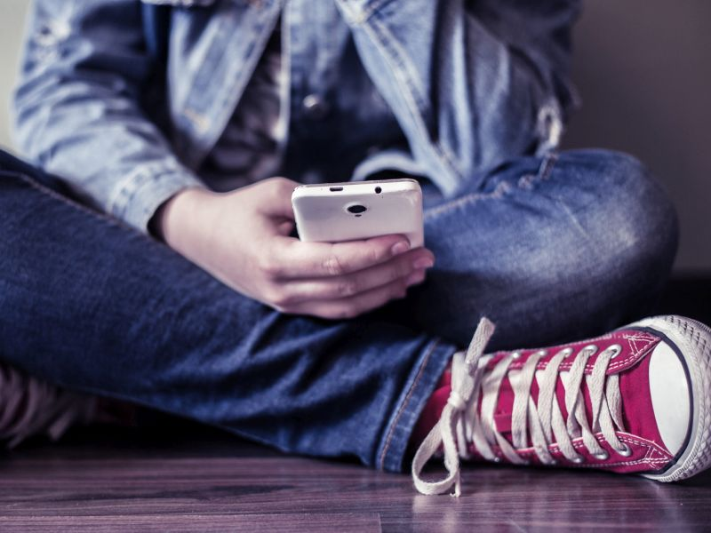 Can Smartphones Trigger ADHD Symptoms in Teens?