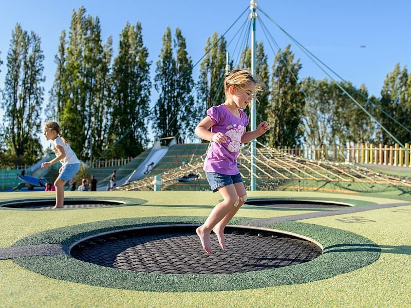 News Picture: Surgeons Warn of Trampolines' Down Side