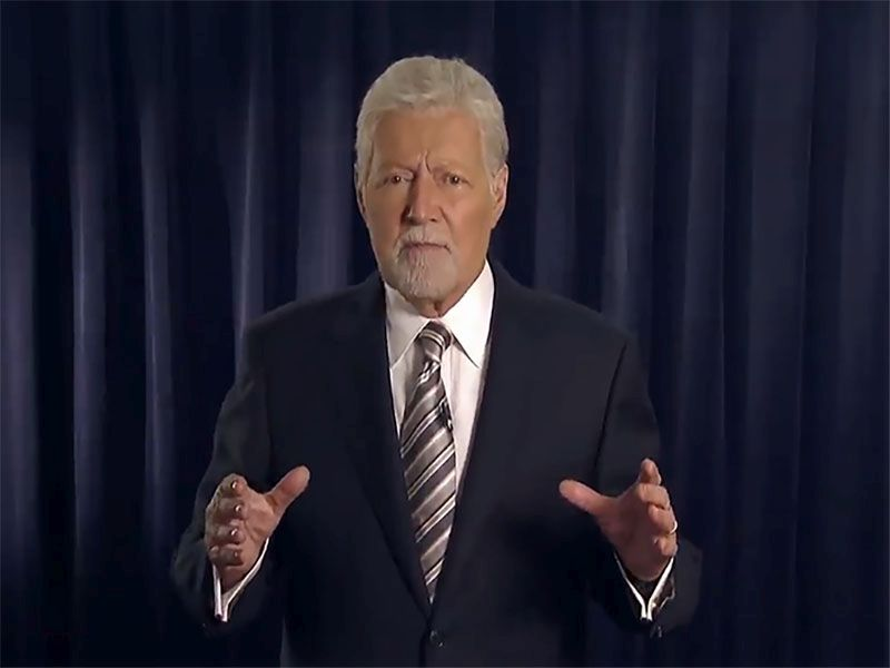 'Jeopardy' Host Alex Trebek Tells Fans Cancer Treatments Are 'Paying Off'