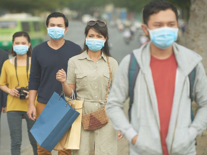 News Picture: Coronavirus Fears Have U.S. Pharmacies Running Out of Face Masks