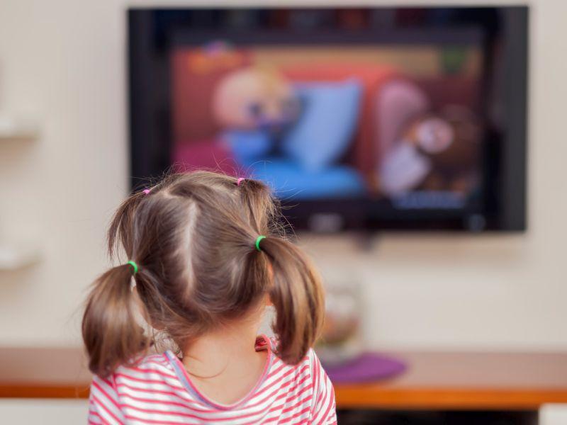 ¿Cree que los niños pequeños están a salvo de los anuncios de comida? Piénselo de nuevo