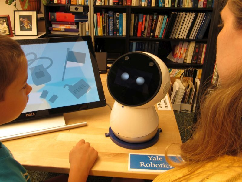 Autisms Rise Tracks With Drop In Other >> Kids With Autism Learn Grow With The Social Robot