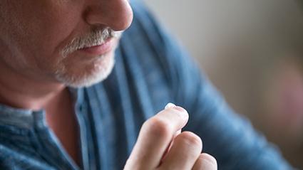 Do Cholesterol Meds Lower Heart Disease Risk?